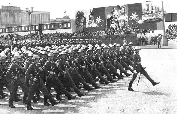 Parade_Kommunisten1