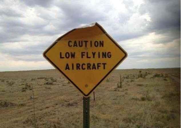 Low-Flying-Aircraft