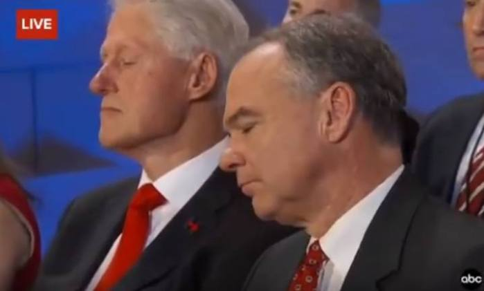 Obama_bill-sleeps