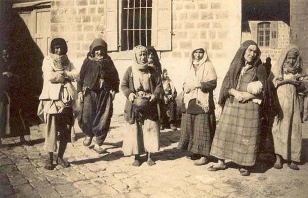 elderly_jewish-women-tiberias-1924